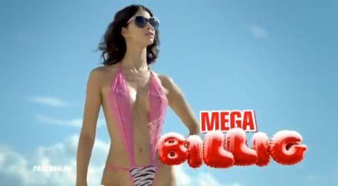 micaela-bb10-mega-billig-sexy-werbespot-