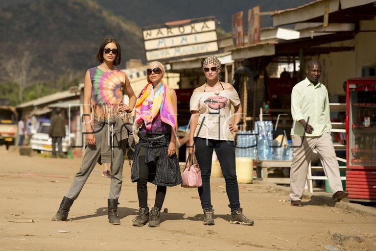 Reality Queens auf Safari - Vorschau