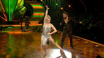 "Larissa Marolt: ""Let's Dance"""