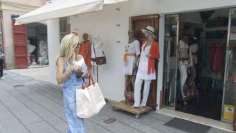 Die Geissens auf Ibiza: Carmen im Kaufrausch
