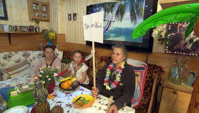 Die Wollnys – Silvia allein zu Haus:  Haushaltsstreik