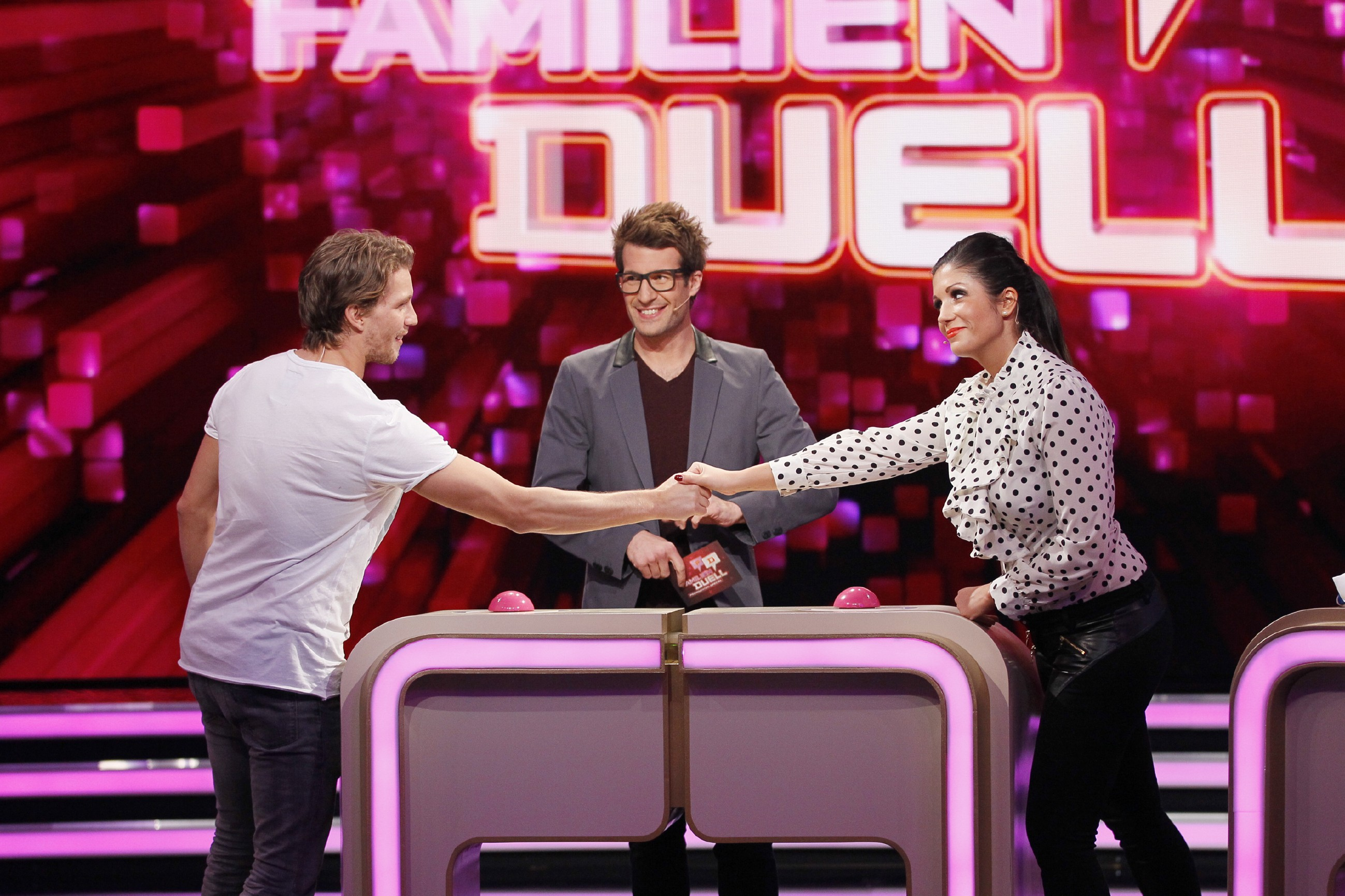 Familienduell: Team GZSZ vs. Bachelor, Team Zarella vs. DSDS