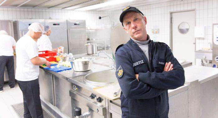 Henssler hinter Gittern: JVA Bremen-Oslebshausen