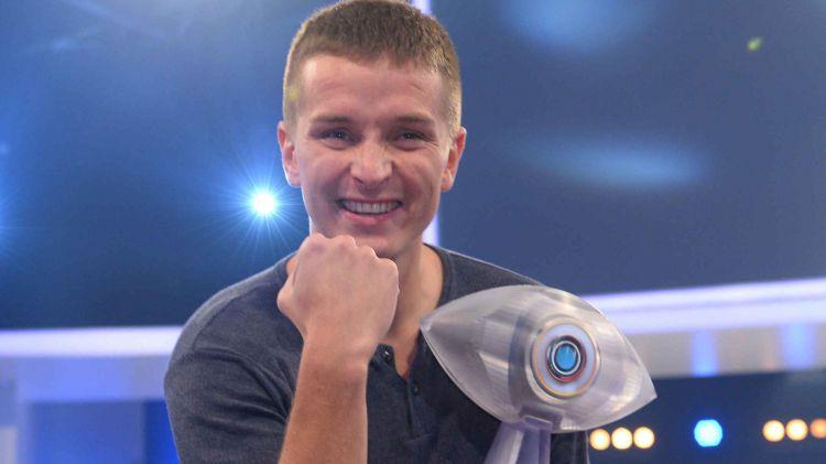 Aaron Troschke Promi BIg Brother 2014 Gewinner Sieger Kandidat
