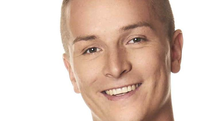 Aaron Troschke Promi Big Brother 2014 Bewohner Kandidat Teilnehmer Kopf