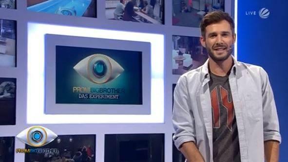 Promi Big Brother 2014 zwei Bewohner rauf und runter oben und unten