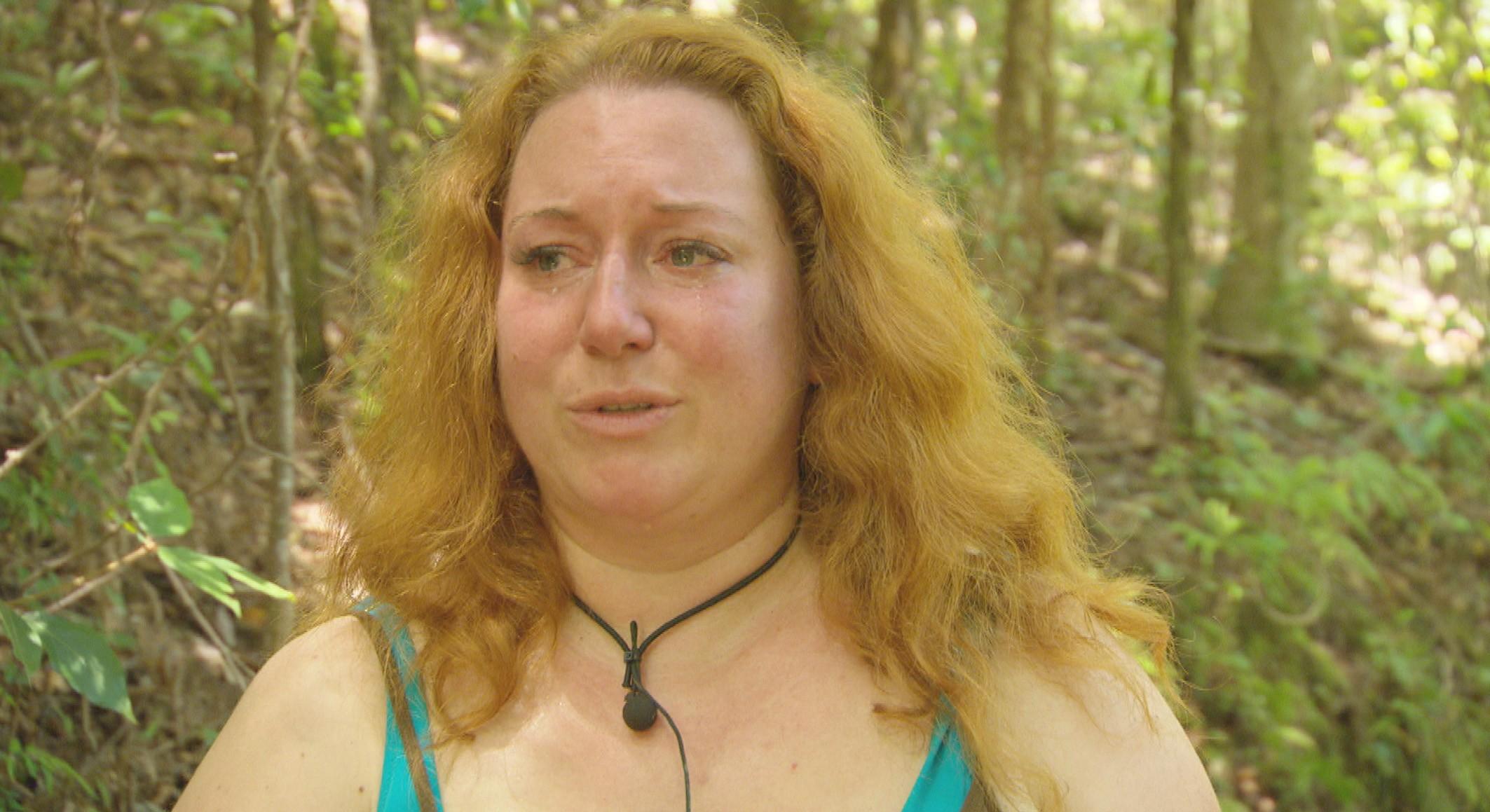 Rebecca-Siemoneit-Barum-Traenen-Dschungelcamp-2015-IBES-Folge-10-Tag