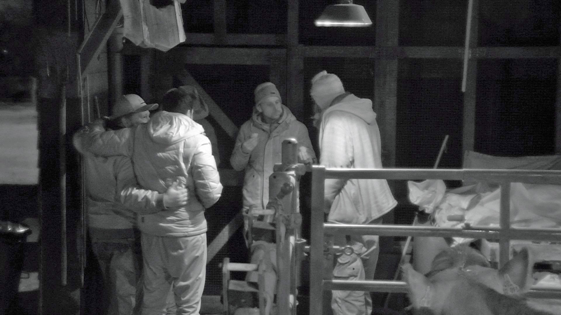 Newtopia Stall Wurst Verschwoerung Geheimnis Folge 23 25.03.2015