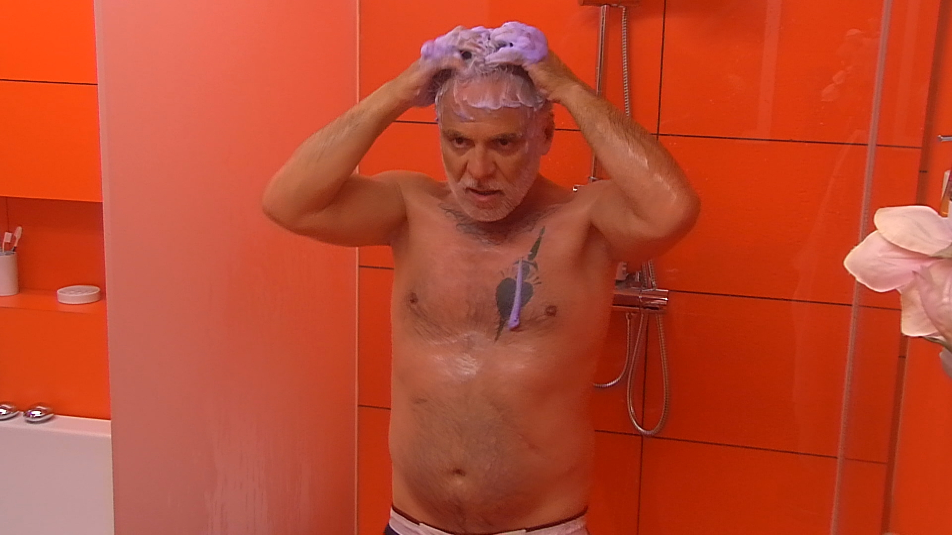 Angelo Nackt promi big brother 2015 nackt: bilder & videos