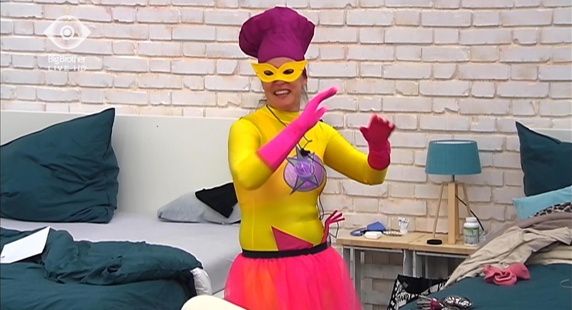 Bianca Superhelden Match Big Brother 2015