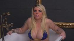 Big Brother Match Klimagipfel Sharon Badewanne Bikini