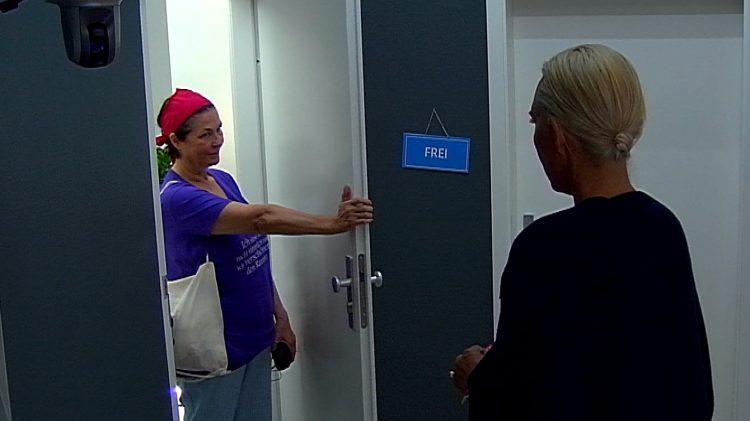 08.09.2016-Isa-Jank-Bereichswechsel-Promi-Big-Brother-2016