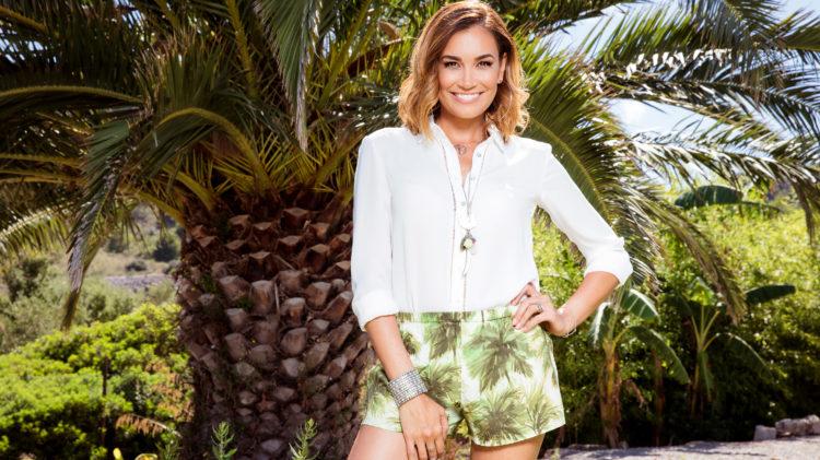 Love-Island-2017-Moderatorin-Jana-Ina-Zarrella-RTL2