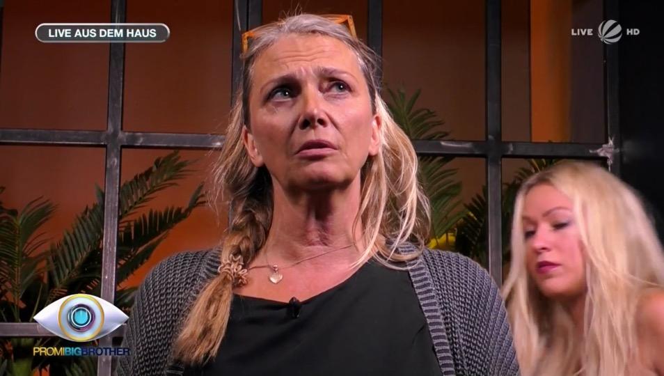 Nicole Belstler-Boettcher Busenblitzer
