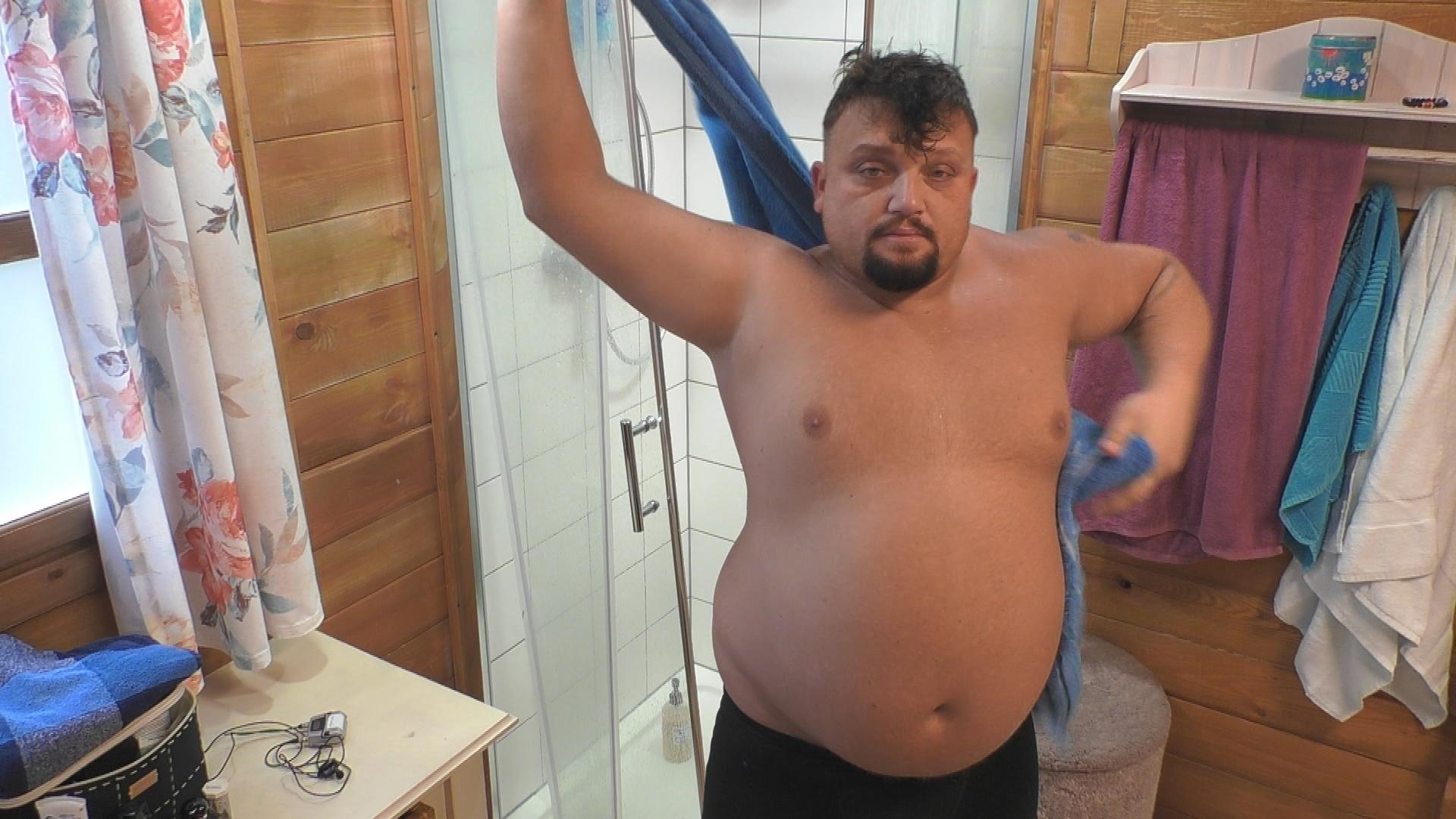 Big Brother 2020 Menowin Abnehm Challenge