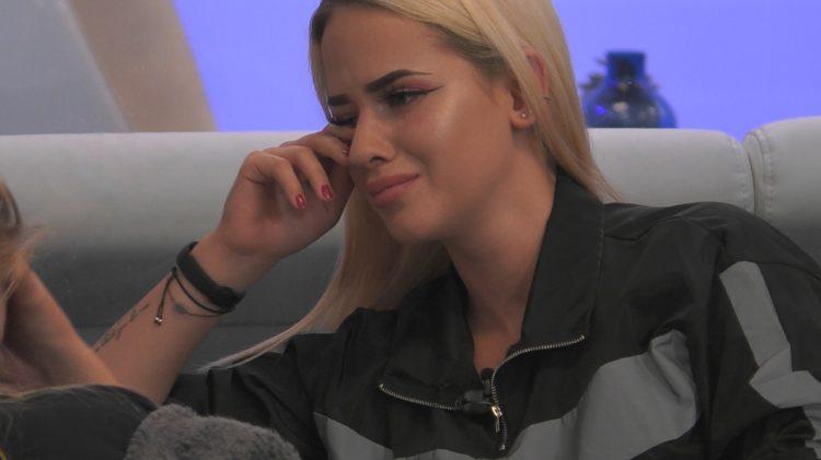 Big Brother 2020 Gina weint