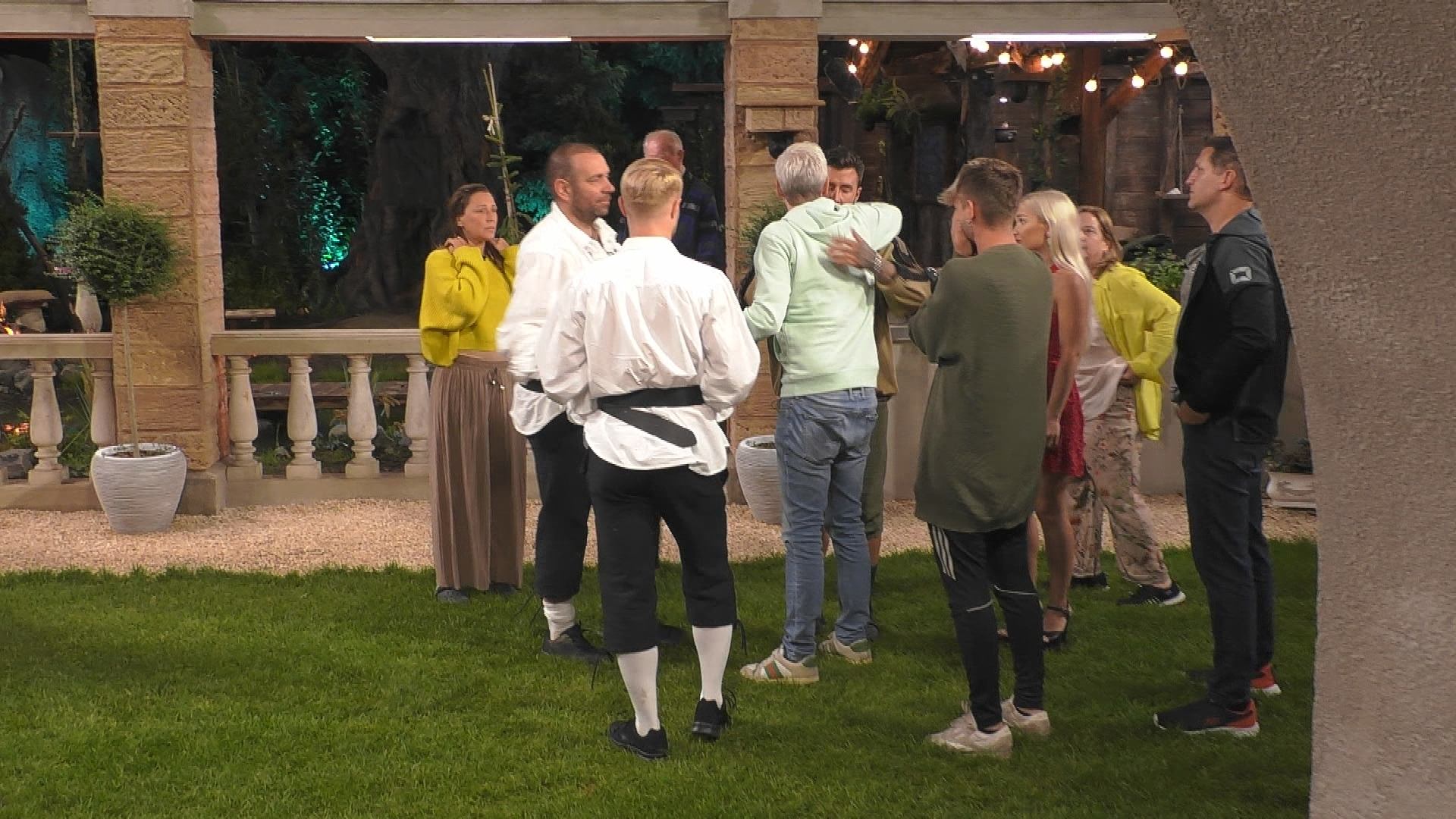 Promi Big Brother 2020 Bestrafung Regelverstoss