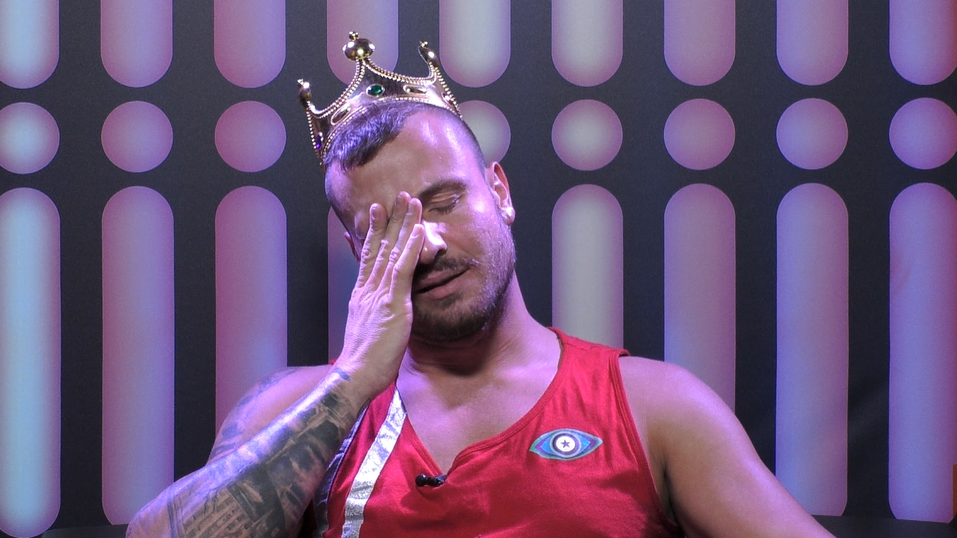 Promi Big Brother 2021: Geknickte Stimmung bei Eric